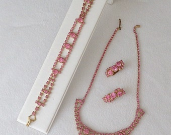 1950s 60s Vintage Pink Rhinestone Jewelry Set / Necklace / Bracelet / Clip On Earrings / Prom / Formal