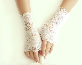 Ivory lace gloves bridal gloves ivory lace gloves fingerless gloves free shipping