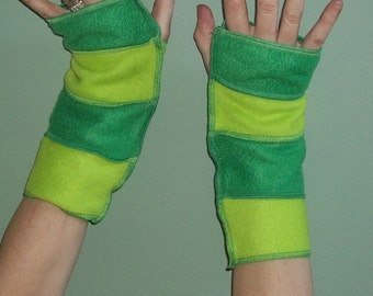St. Patricks Day Green arm warmers Green gloves parade gloves