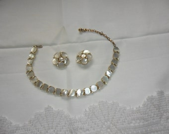 Authentic Vintage Mother Of Pearl MOP And Rhinestone Gold Necklace and Earring Set Stunning Quality