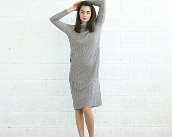 Summer SALE SALE!Knitted Turtle Neck Dress, Ivory-Gray.