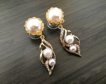 2g Dangle Plugs, 0g Ear Plugs, 6g 4g Bridal Plugs 00g Gold Pearl Plugs 10mm 8mm 6mm 5mm 4mm Gauge Formal Wedding Crystal Dangle Ear Plugs