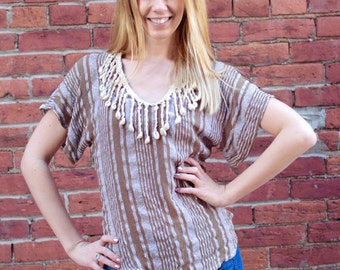 Vintage 1980's Women's Blouse Shirt With Shells at Collar