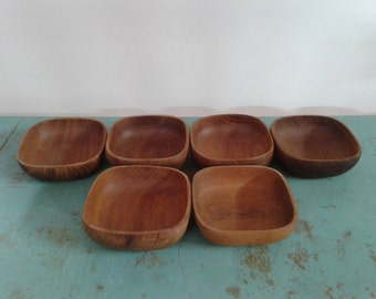 Vintage teak wood bowls, set of 6 bowls, made in Thailand, teak salad bowl, snack bowl, serving set,