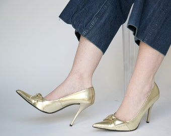 Gold Pointy Pumps