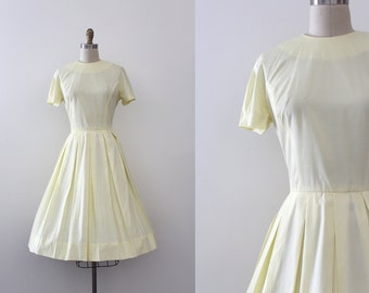 vintage 1950s L'Aiglon dress // 50s simple yellow day dress