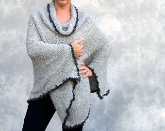 Warm and cosy alpaca poncho