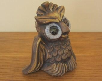 Cutest owl ever for desk inspiration.