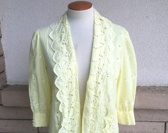 Yellow Eyelet Lace Jacket 1980's Open Front Top w/Puffy Sleeves Size Medium