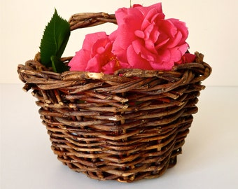 Mini Basket - Charming French vintage Little Basket Hazel - French Kitchen - Cherry French Countryside Kitchen