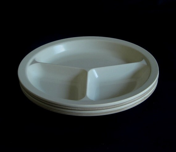 Anchor Hocking Microware Divided Plates Microwave Oven Safe