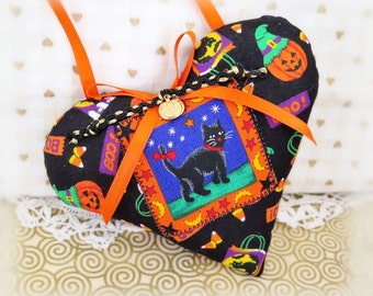 "Halloween Heart Door Hanger Heart 5"" Fabric Fall Halloween Print Heart Black Cat Cottage Style Handmade CharlotteStyle Decorative Folk Art"