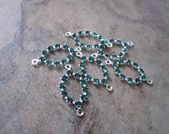 6 Swarovski Crystal and Silver-Plated Brass Links, Crystal Passions, Emerald, 13x9mm Oval - JD55