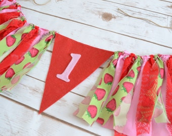 1st birthday high chair FELT banner - Strawberry Shortcake birthday - Pink banner - 1st birthday photo prop - Strawberry Shortcake banner