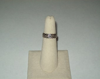 Sterling Silver Celtic Knot Band Ring - size 5 1/4