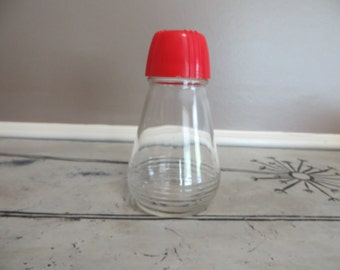 Vintage Glass Saker with Red Lid Parmesan Shaker Sugar Shaker Vintage Red Kitchen Hazel Atlas Red Large Shaker Samae