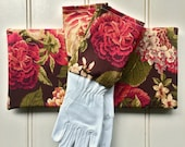"Gardeners Giftset - Kneeling Pad & Gloves in ""Cocoa and Plums"""