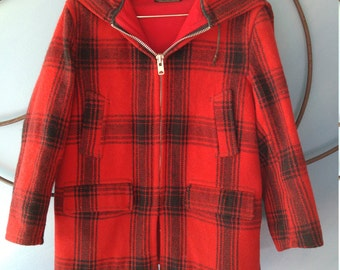 Vintage JOHNSON Women's 100% Wool, Red and Black, Caplet