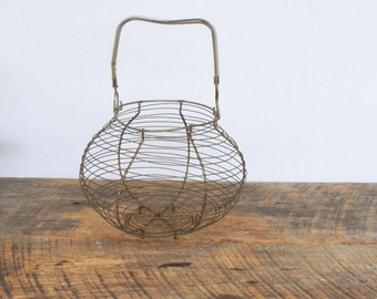 Vintage Egg Basket Wire Footed Table Top