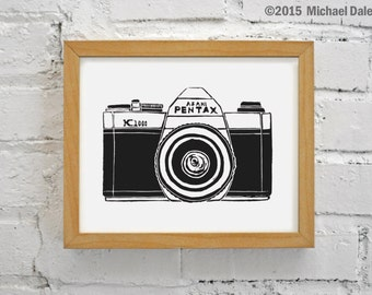 Vintage Camera Art - Black and White Wall Art