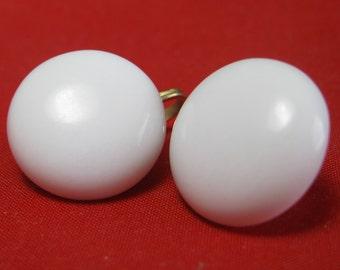 Japan Milk Glass Earrings  - Vintage Earrings - Clip ons