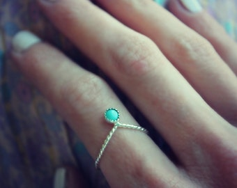 Turquoise ring, Sterling silver ring, chevron stacking ring, turquoise twist ring, midi ring stack ring