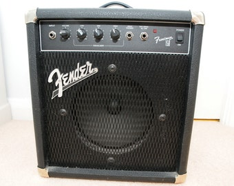 Early 1990s Fender Frontman Bass Amplifier ****COLLECTION ONLY***