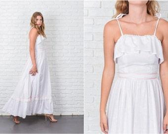 Vintage 70s White Boho Hippie Dress Floral Print Lace Full Maxi XXS 7782 vintage dress white dress hippie dress full dress xxs dress