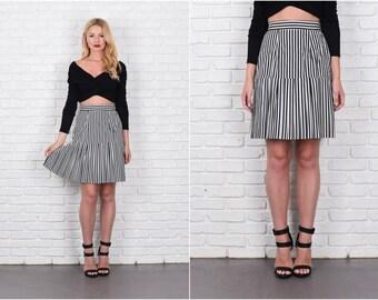 B&W Striped Skirt A Line Plea Mini High Waist Vintage Skirt 80s Xs Small Black White 7938 vintage skirt striped skirt mini skirt xs skirt