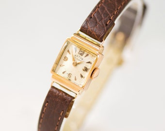 Art deco style lady's watch Astor, gold woman watch 18K, unique Swiss wristwatch her, rectangular watch delicate, premium leather strap new