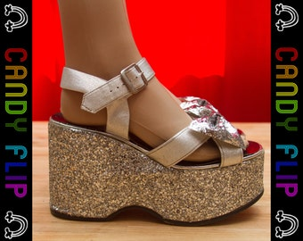 Vintage 70s 80s Silver Black Glitter Platform Wedge Strap Strappy Bow Metallic Pin Up Shiny Disco Goth Mega Chunky Thick Heel Shoe 7