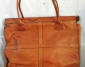 Large Leather Bag ~ Boho Hippie Chic ~ Vintage Purse ~ Aged Beautifully ~ Metal Zippered ~ 1970's era