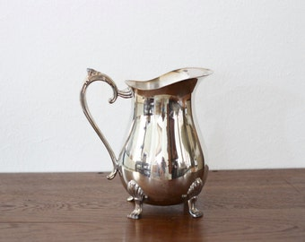 Vintage Leonard Silverplated Two Quart Footed Pitcher No 533 with Ice Guard