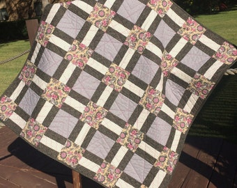 """A Vintage Look of Mauve Florals , Black/Gray Paisley and Polka Dots Altogether In This 40"""" X 40"""" Quilt"""