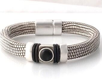 Black White Bracelet - Leather Jewelry - Black White Design - Bracelet for Women - Mothers Day Gift - Bracelet for Her - Modern Jewelry