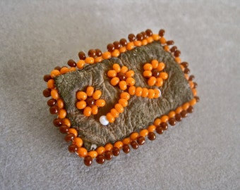 Native American Brooch GENUINE 40s Seed Bead Leather Small Hand Crafted Artisan Tribal Floral