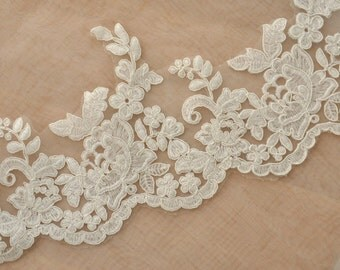 Bridal veil Alencon lace trim in ivory for wedding, veils, bridals, garters
