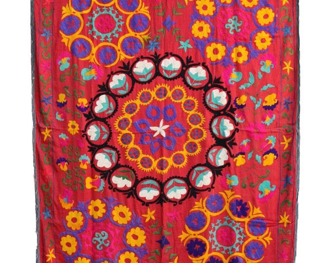 Handmade Vintage Suzani NL3010