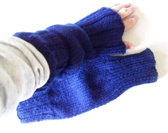 Clearance Sale: Hand Knit Wrist Warmers / Fingerless Gloves / Texting Gloves Wool-Ease Navy