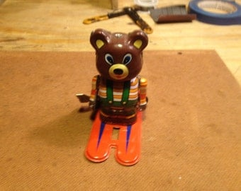 Wind up Toy Bear on Ski's ,, very cute,, works great ,