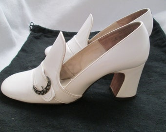 1960's Ladies White Patent Leather Chunk Heel SHOE by BALENCIAGA