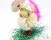 Vintage 1950's Pink Easter Chick with Bonnet and Parasol, Wire Feet