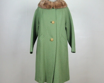 Last Chance // Vintage 1950s Green Wool Coat 50s Moss Green Coat with Caramel Mink Rolled Collar Size M-L