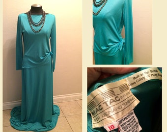 Early 1970s Mac Tac of Paris for Designer Leonard Sunshine Turquoise Maxi