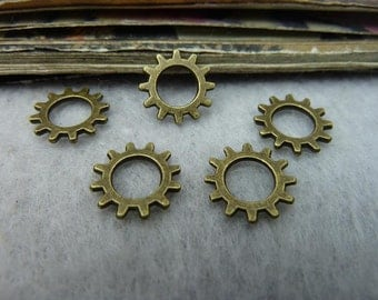 50pcs 12mm antique bronze gear charms pendant C6447