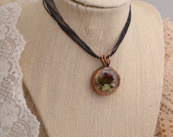 Rose Bud & Queen Ann's Lace Pendant.. FREE SHIPPING