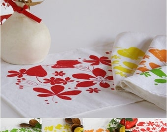 2 White cotton Placemat hand printed with colorful leaves - set of two
