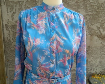Vintage Button Up, Long Sleeve Shirt Dress / 1970s Blue Dress with Color Splash Print, Belt and Pleated Skirt / Size Medium