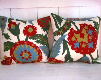 Christmas pillows, embroidered pillows, Christmas,holiday decor, decorative pillows, farmhouse style, red pillows,