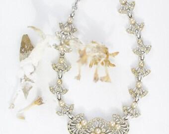 Vintage Bridal Necklace. // 50s Rhinestones. Faux Pearls. Rhodium. - Adjustable Bib Necklace.